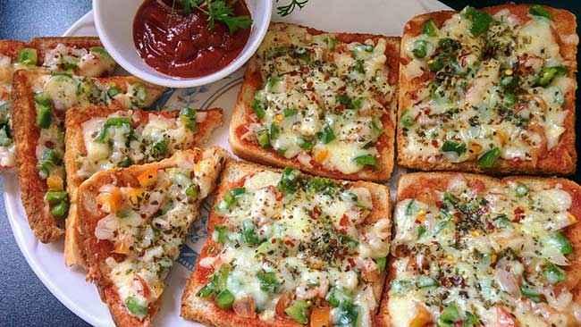 Receita de Pizza de Pão de Forma para Festa de Crianças