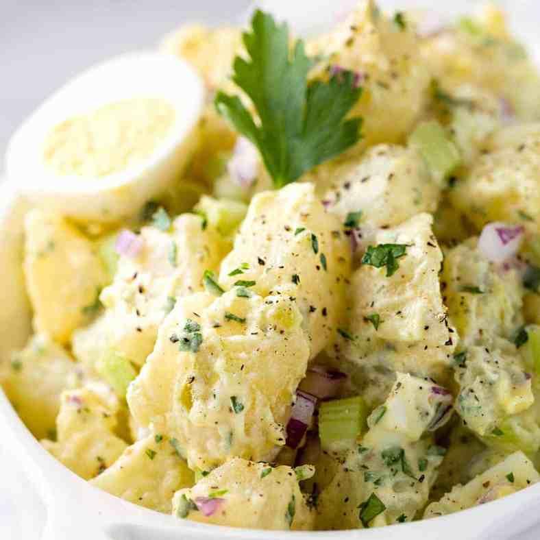 Receita de Salada de Batata com Ovo e Maionese