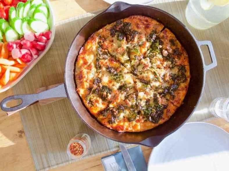 Receita de Pizza de Frigideira Caseira Rápida