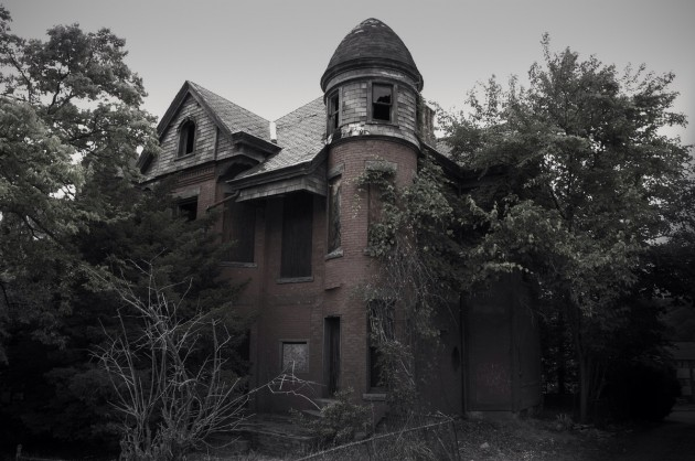 """The Bailey Mansion (Hartford, Connecticut) is the haunted house that inspired the popular television series """"American Horror Story."""""""