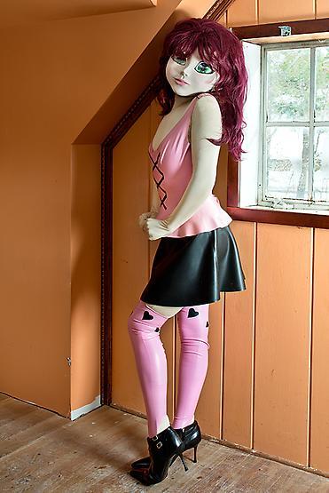 Redhead/Pink & Black Outfit/Orange Room, 2014