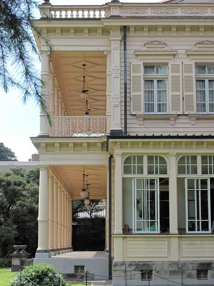 La mansión de Iwasaki (sur).