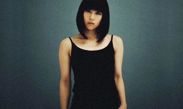 Imagen promocional del album Fantôme