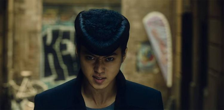 Fotograma de la película de JoJo's Bizarre Adventure rodada en las calles de Sitges por el director Takashi Miike