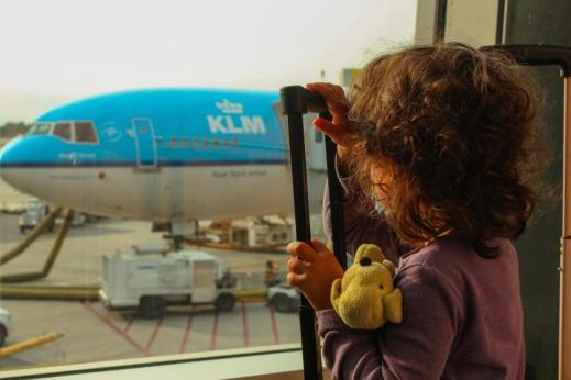 kids on the airport