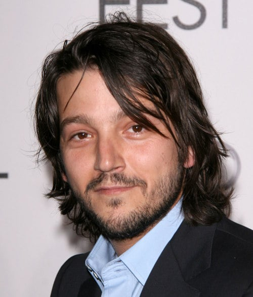 Diego Luna Haircut The Essential Latino Man Of Mystery