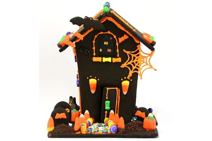 A Haunted Halloween Gingerbread House Yes Please