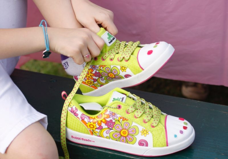 Paintable Toe Sneakers Kids Use Nail Polish To Decorate Bobbi