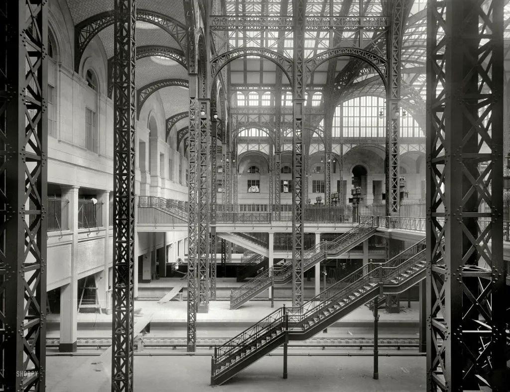 Look Inside New York S Penn Station In