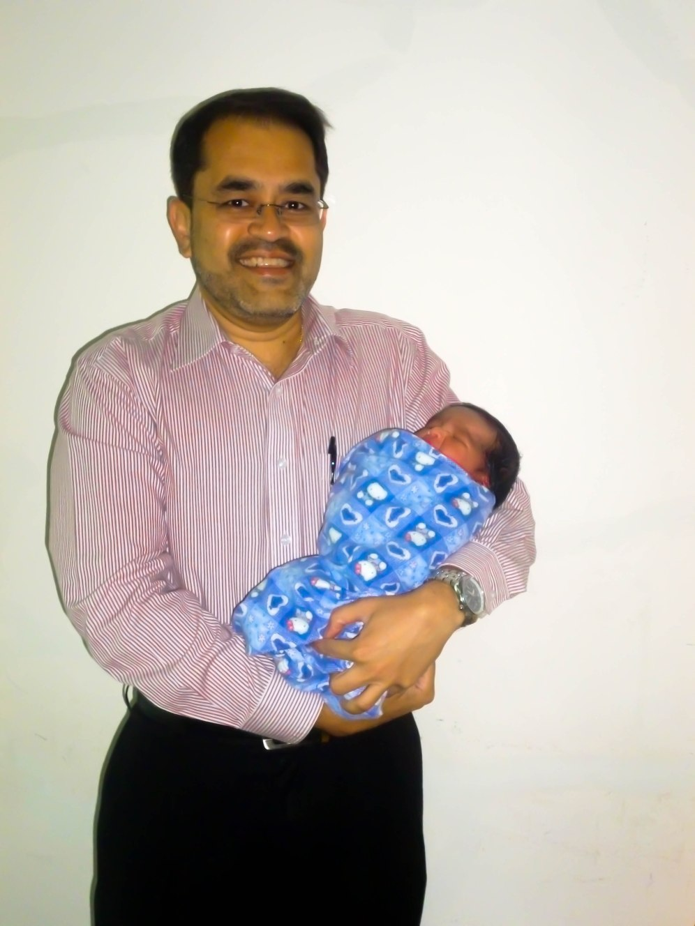 Dr. Fabian with one day old Jay. 20th May 2012