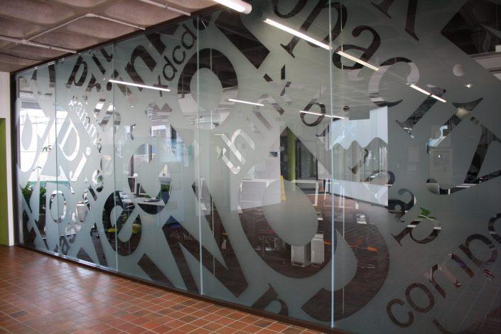decorative-signage-decorative-office-screen