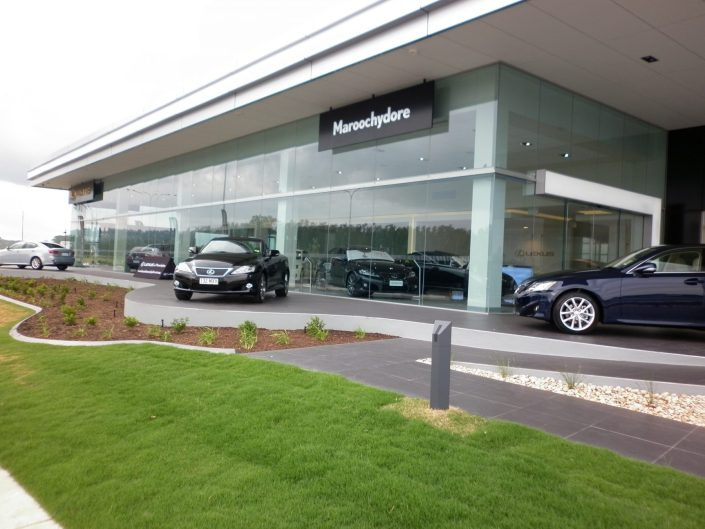 lexus-shopfront-tinting-commercial-tint-solar-maroochydore