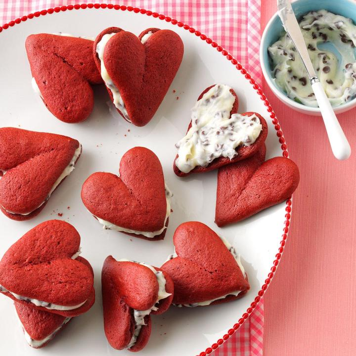 Valentine Day Treats Ideas For College Students 2018