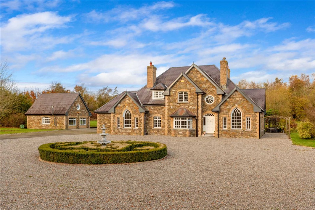 Tonaphúca, Punchestown, Naas, Victorian style residence on circa 7.8 acres (3.2 ha).