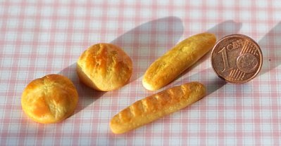 https://www.etsy.com/listing/257414184/bakery-products-bread-baguette-miniature?ga_order=most_relevant&ga_search_type=handmade&ga_view_type=gallery&ga_search_query=miniature%20food&ref=sr_gallery_27