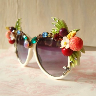 https://www.etsy.com/listing/75653387/vintage-quirky-rhinestone-and-fruit