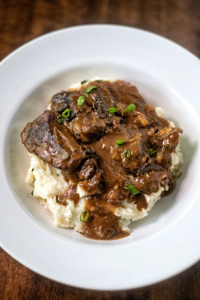 Smothered Steak and Gravy Recipe