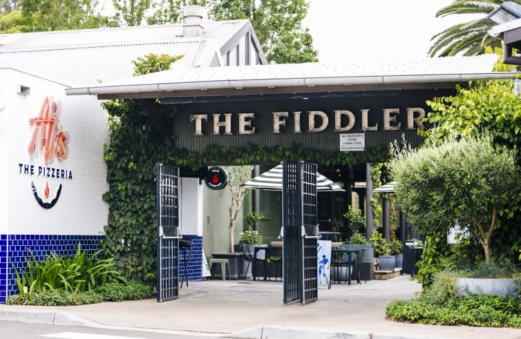 The Fiddler, Rouse Hill