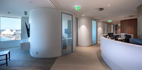 City-Fertility-Clinic-reception-case-nav-484x240.min