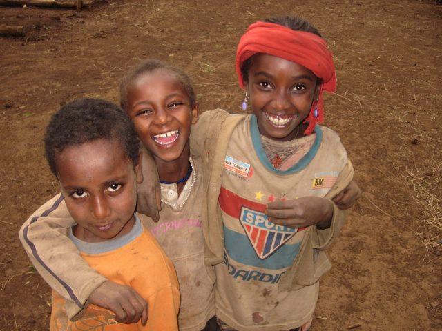 """""""Apadrina l'ingrés i el tractament dels nens amb desnutrició severa d'Etiòpia."""" alegria gambo etiopia gambo"""