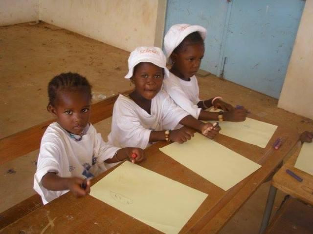 Por la escolarización de los niños huérfanos del sur de Senegal africa
