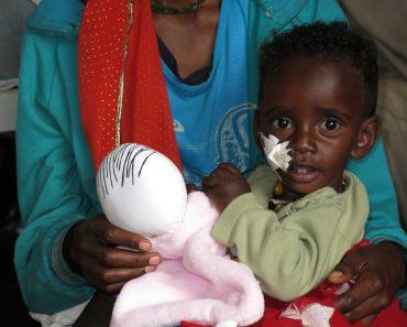 Regalando Alegría y Sonrisas en el hospital de Gambo de Etiopía con Les Nunes