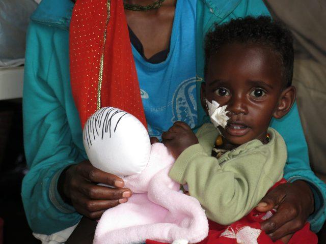Regalando Alegría y Sonrisas en el hospital de Gambo de Etiopía con Les Nunes africa alegria gambo dr alegria