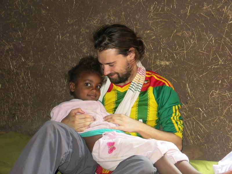 I was born in Ethiopia - እኔ ኢትዮጵያ ውስጥ ነው የተወለደው africa alegria gambo alegria sin fronteras
