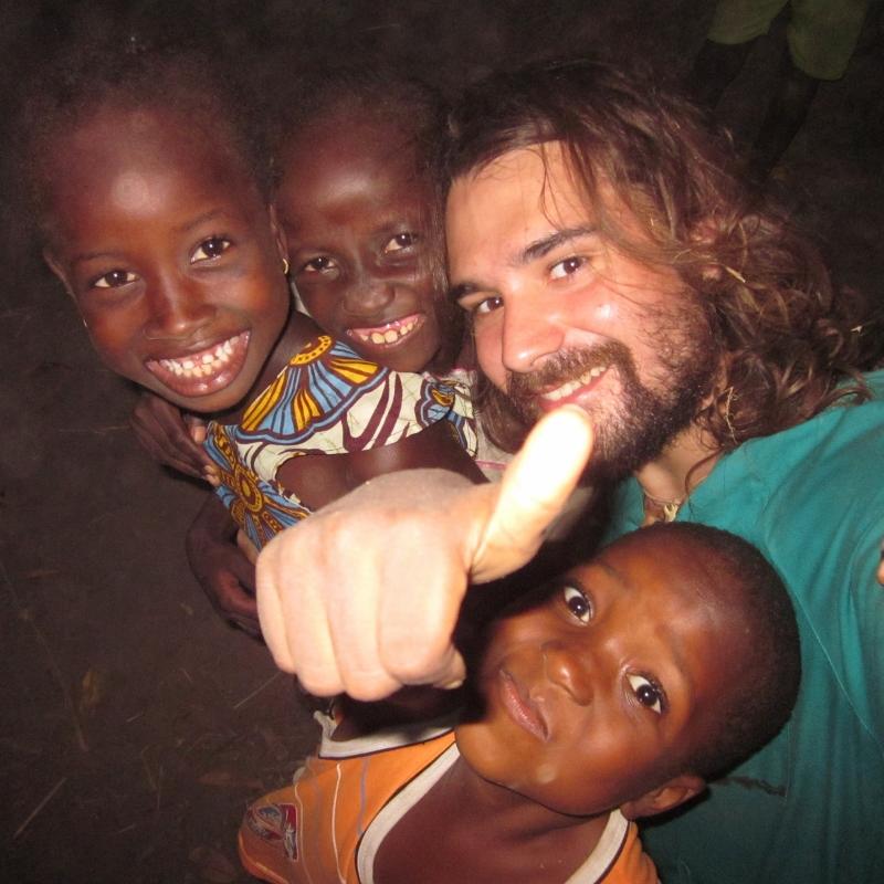 La Nacionalidad del Amor... a las personas africa