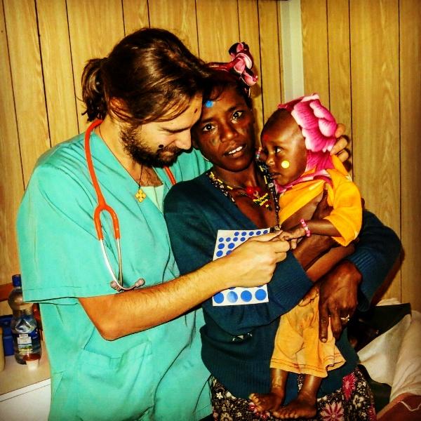 Feliz construcción de la Navidad africa alegria gambo alegria sin fronteras etiopia gambo