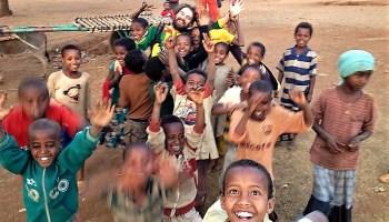 Ya no sé ni se dónde soy africa alegria gambo alegria sin fronteras dr alegria