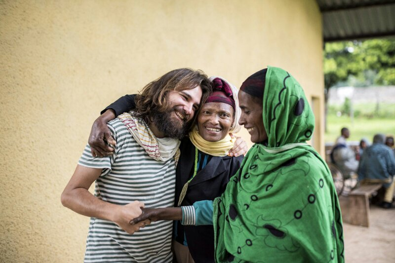 La fuerza milagrosa del Amor africa alegria gambo alegria sin fronteras