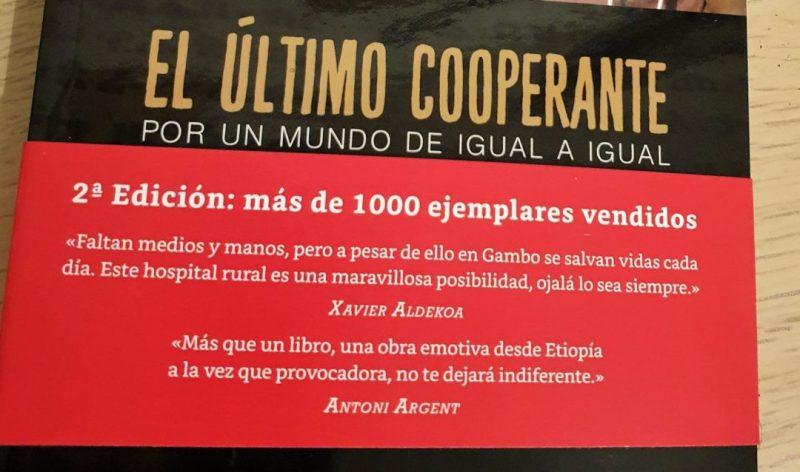 """Presentamos el libro en Barcelona: """"El último cooperante"""" africa alegria gambo alegria sin fronteras"""