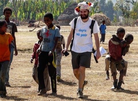 Las bienaventuranzas de los ricos y de los imperialistas africa alegria gambo alegria sin fronteras dr alegria