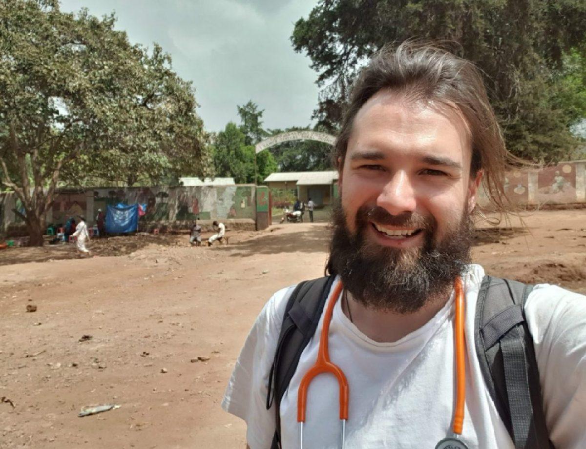 Muy buenos días desde el Hospital de Gambo africa
