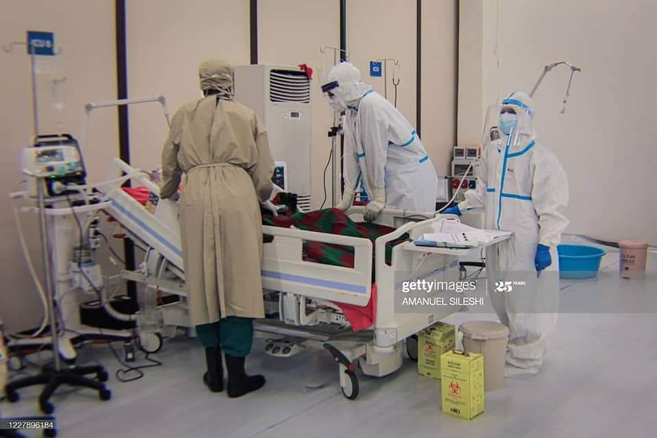Los héroes sanitarios etíopes, piel a piel contra la COVID19 africa alegria gambo alegria sin fronteras dr alegria