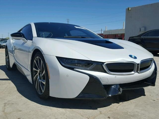 Looking For A High Performing Hybrid Check Out This 2015 Bmw I8