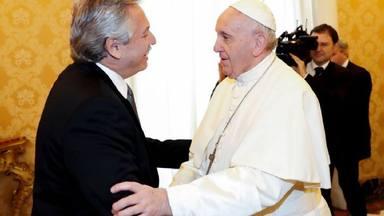 Los efectos de la covid-19, protagonista en la reunión entre el Papa  Francisco y el presidente de Argentina - Papa Francisco - COPE