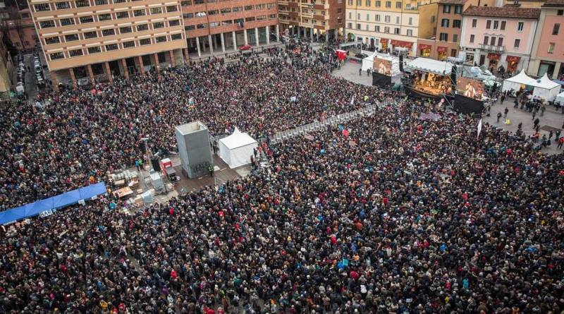 Protesta en Italia en contra de Matteo Salvini reúne a más de 40 mil personas