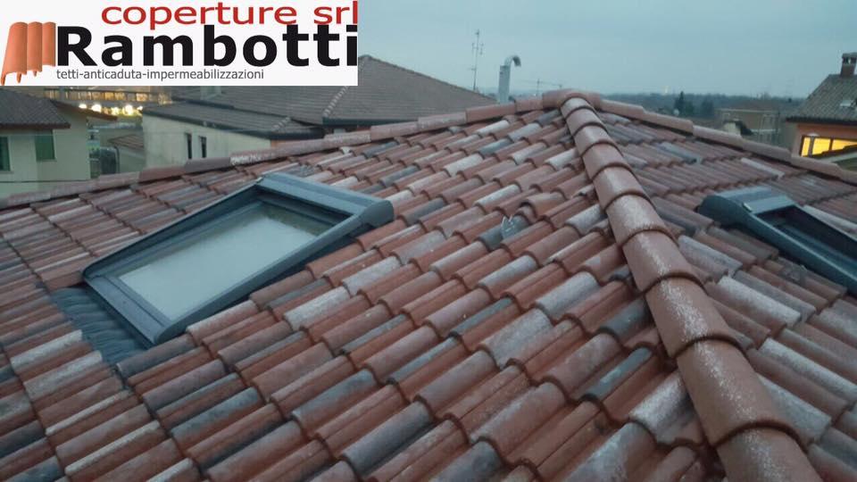 Lucernari e finestre per tetti coperture srl rambotti for Lucernari per tetti