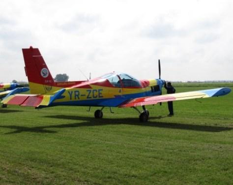 1 iunie - la spectacolul aviatic de la Clinceni