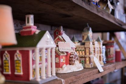 Dutch Lady Antiques Ceramic Houses
