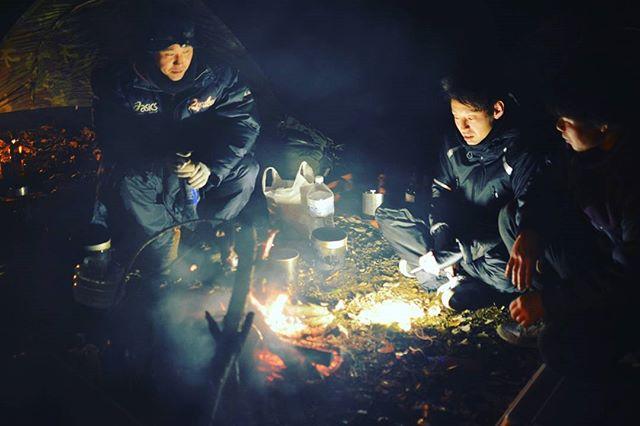 先日の2泊3日キャンプの様子です。  焚火と星空を見ながら、語り合いました(^^♪