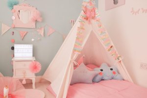 teepee party picture, pastel coloured teepee, teepee themed party ideas