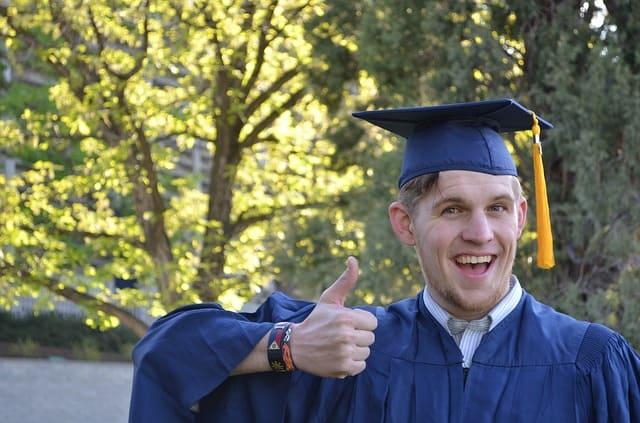 recent college grad resume tips