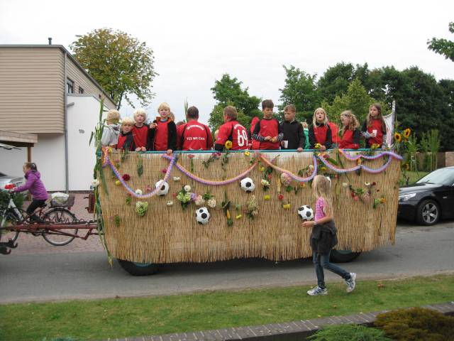 Harvest parade floats
