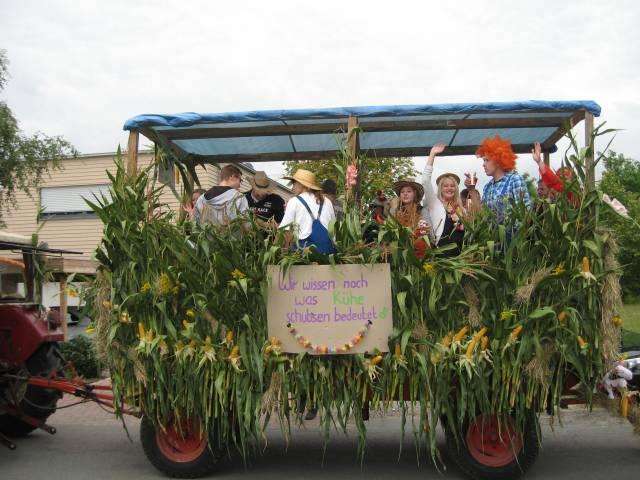 Harvest parade float