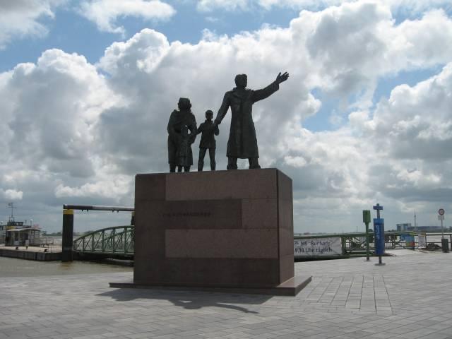 Bremerhaven emigration monument
