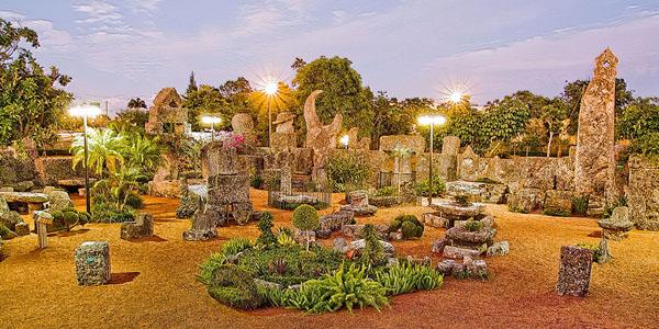 Di Homestead, Edward melanjutkan pekerjaannya membangun Coral Castle hingga kematiannya di tahun 1951.