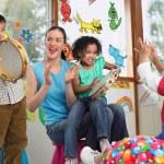 Ritmo: insegnarlo ai bimbi con il gioco del bar